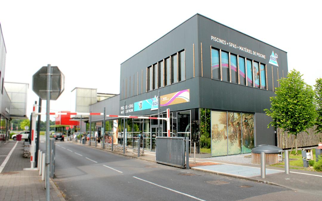 façade magasin Piscines Ibiza Avelin